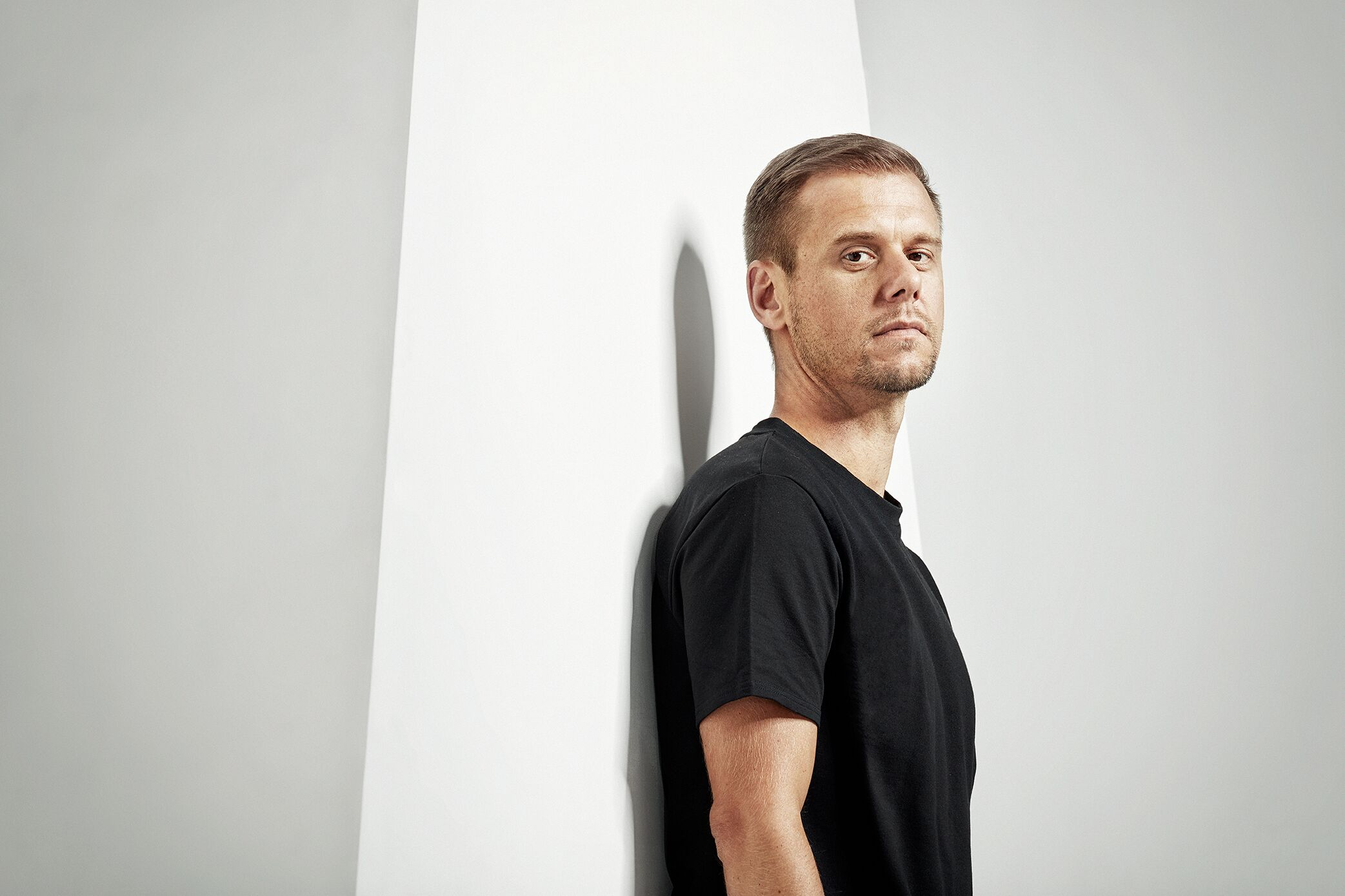 Armin van Buuren Announces New Album: 'BALANCE'