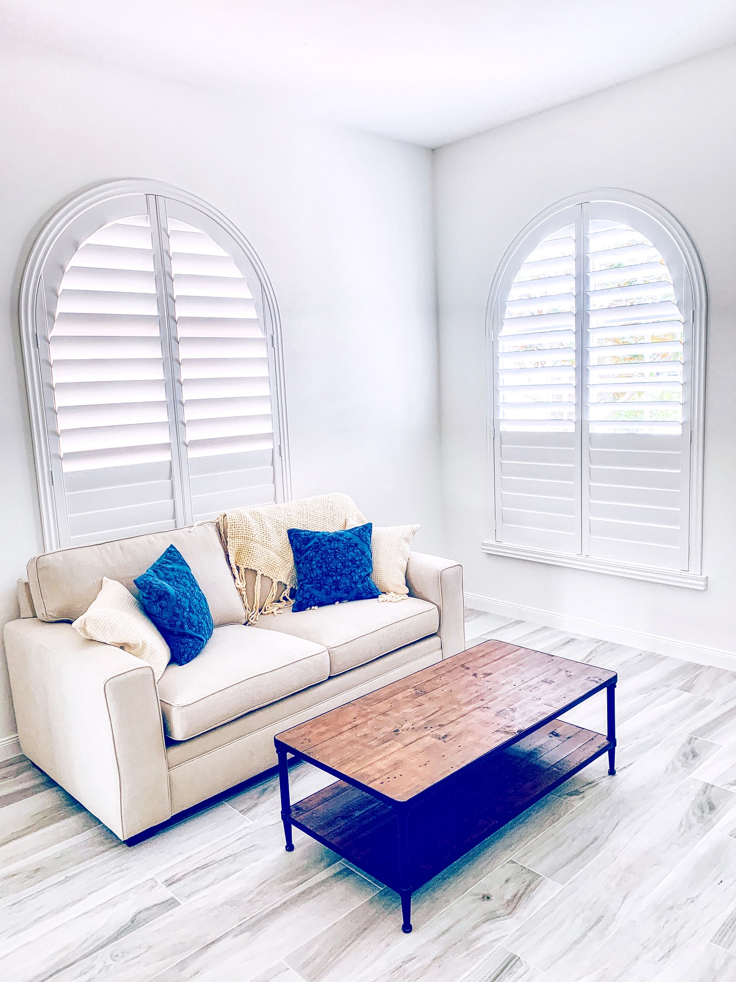 What Are Plantation Blinds