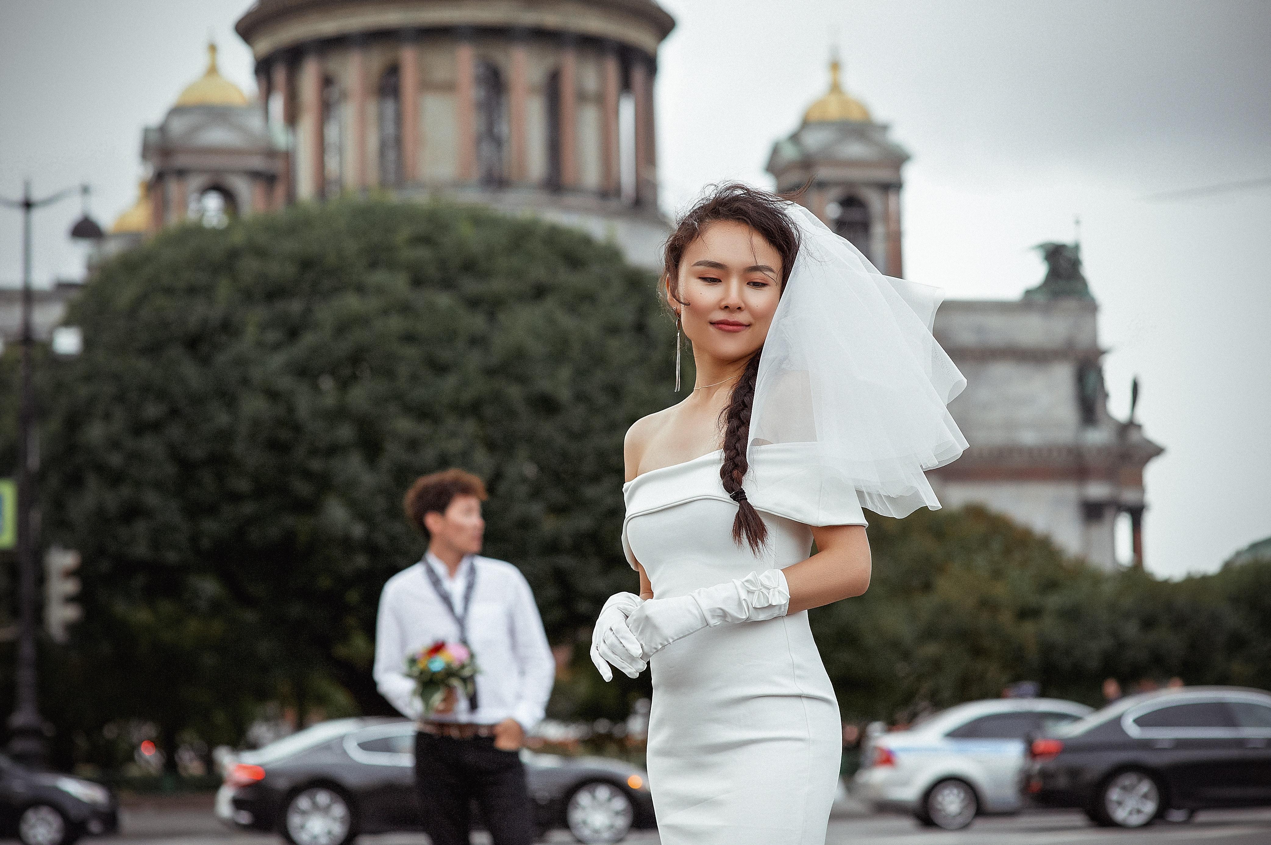 Modern Wedding Dress Styles for 2021
