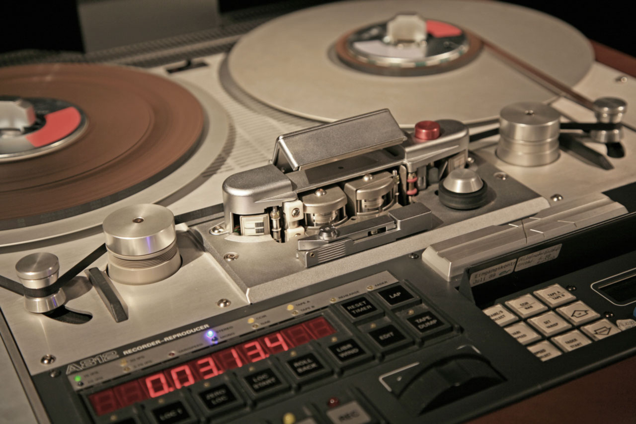 studer-a812-tape-machine-released