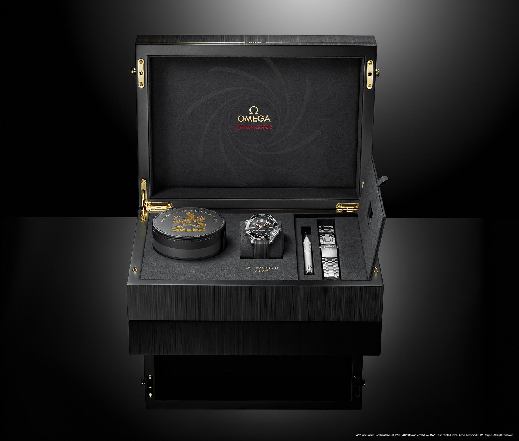 Omega Seamaster horloge: Omega Seamaster Diver 300M: het 007 James Bond horloge voor het 50-jarig jubileum in giftbox
